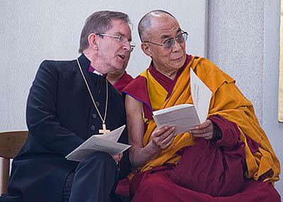 Biskupinn og Dalai Lama