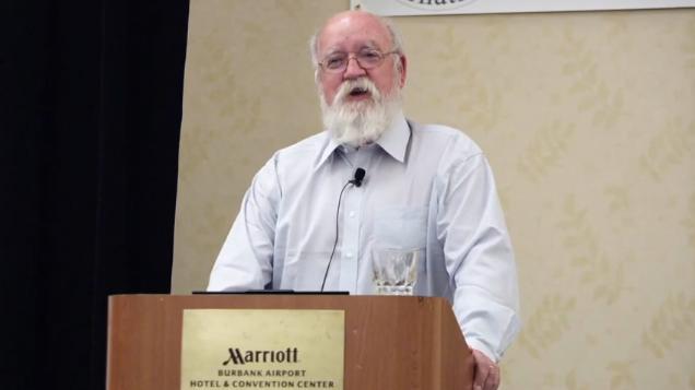 Daniel Dennett að flytja fyrirlesturinn